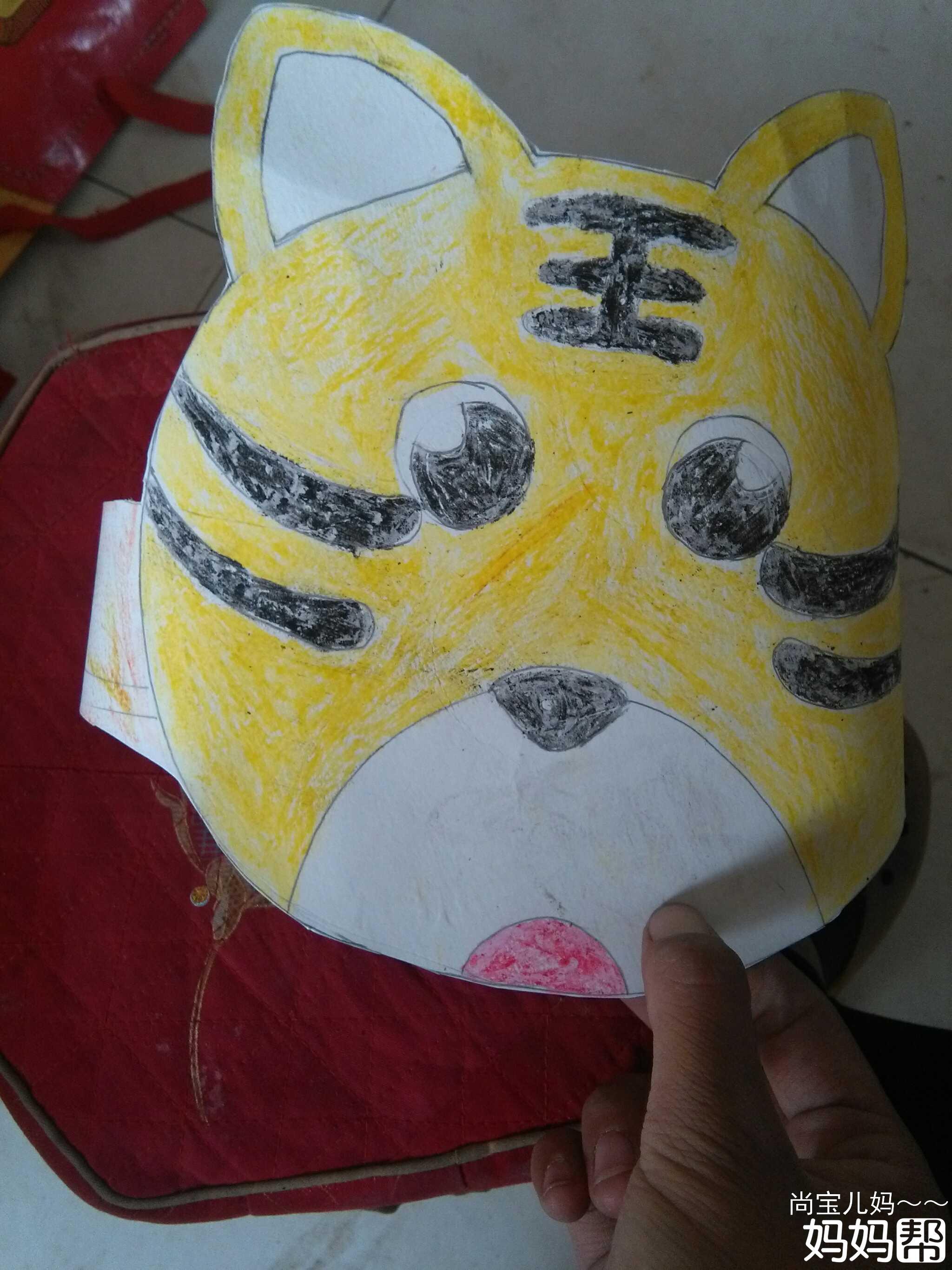 硬纸片手工做动物帽子!图片