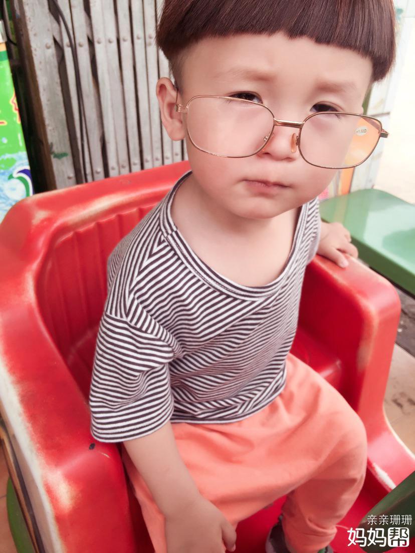 吃货宝宝原来有个吃货麻麻
