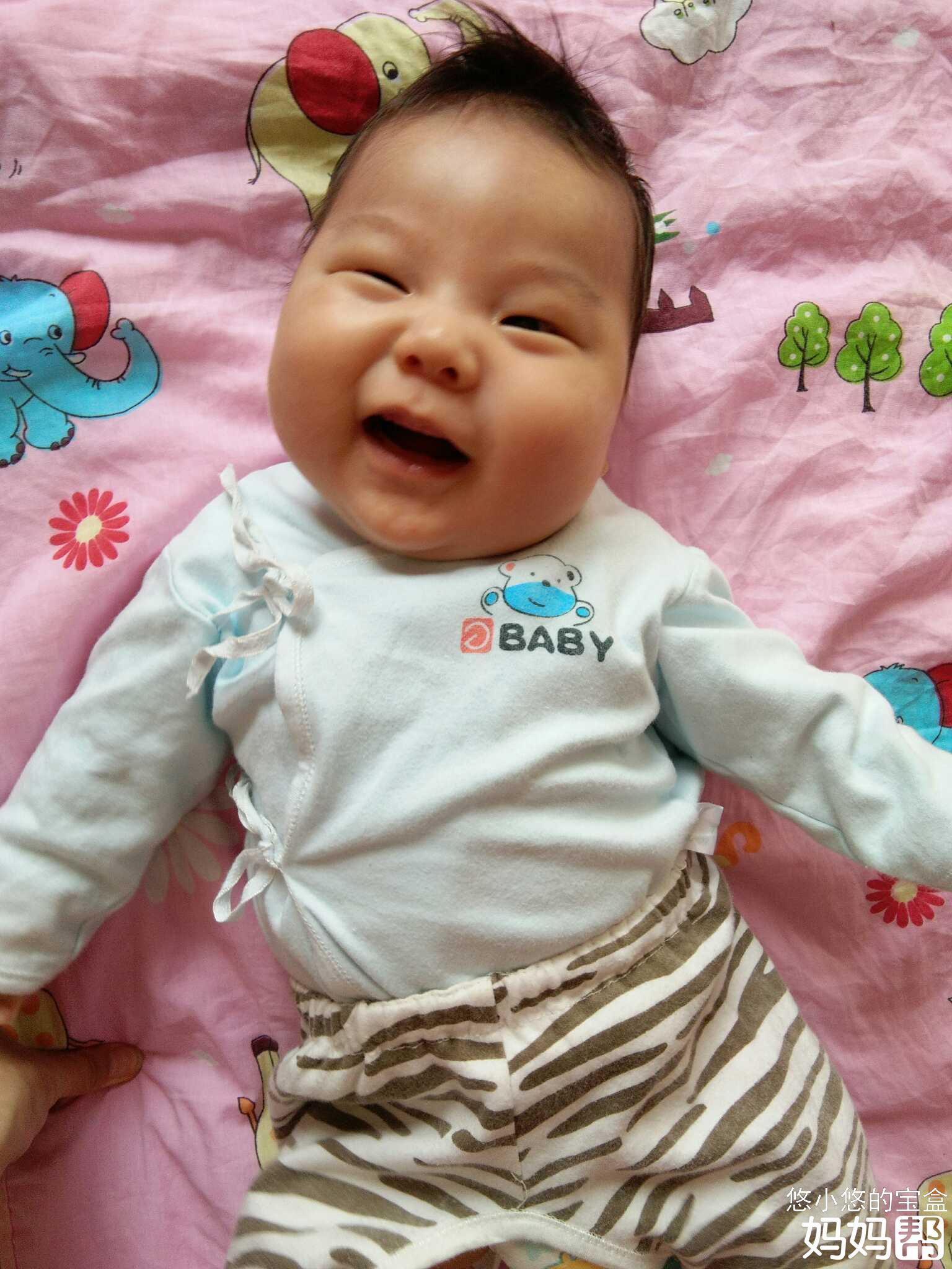 宝宝两个月了,来晒娃啦