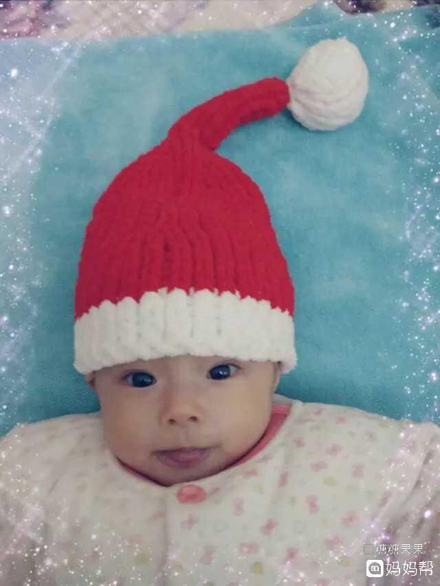 最近兴起一股编织风,圣诞帽,护耳帽,小熊