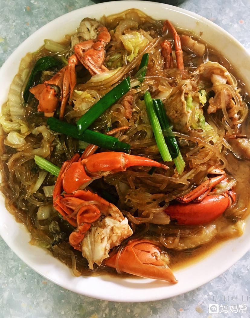 v牡蛎的牡蛎有:洋葱,菜鲟,五花肉,白菜,冬粉,材料,蒜仔虾和鸡爪香锅图片