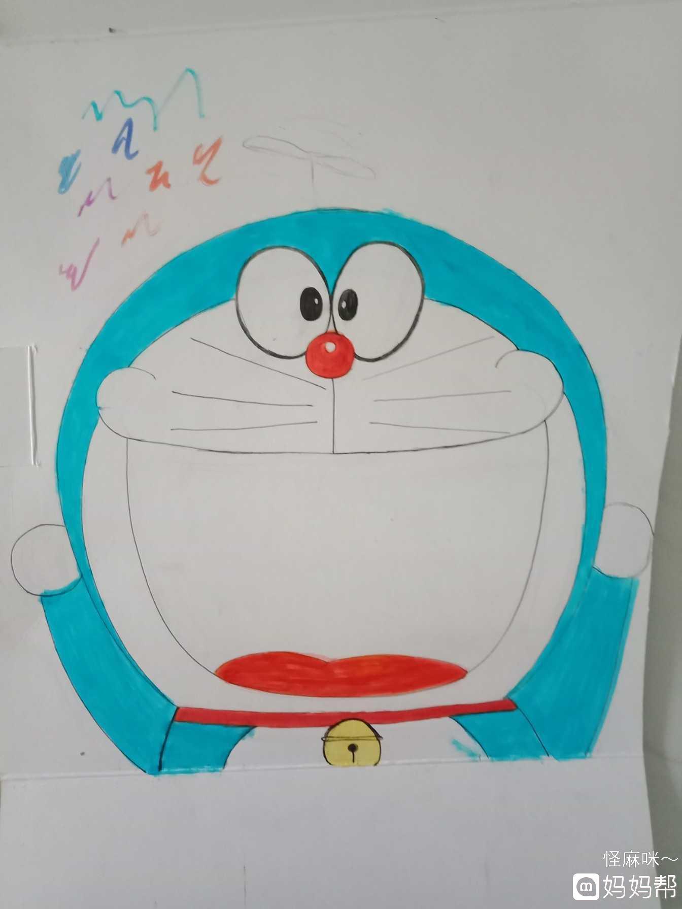 《小动物喂食》制作流程:  步骤一,准备笔,剪刀,刻刀,胶和废纸盒!
