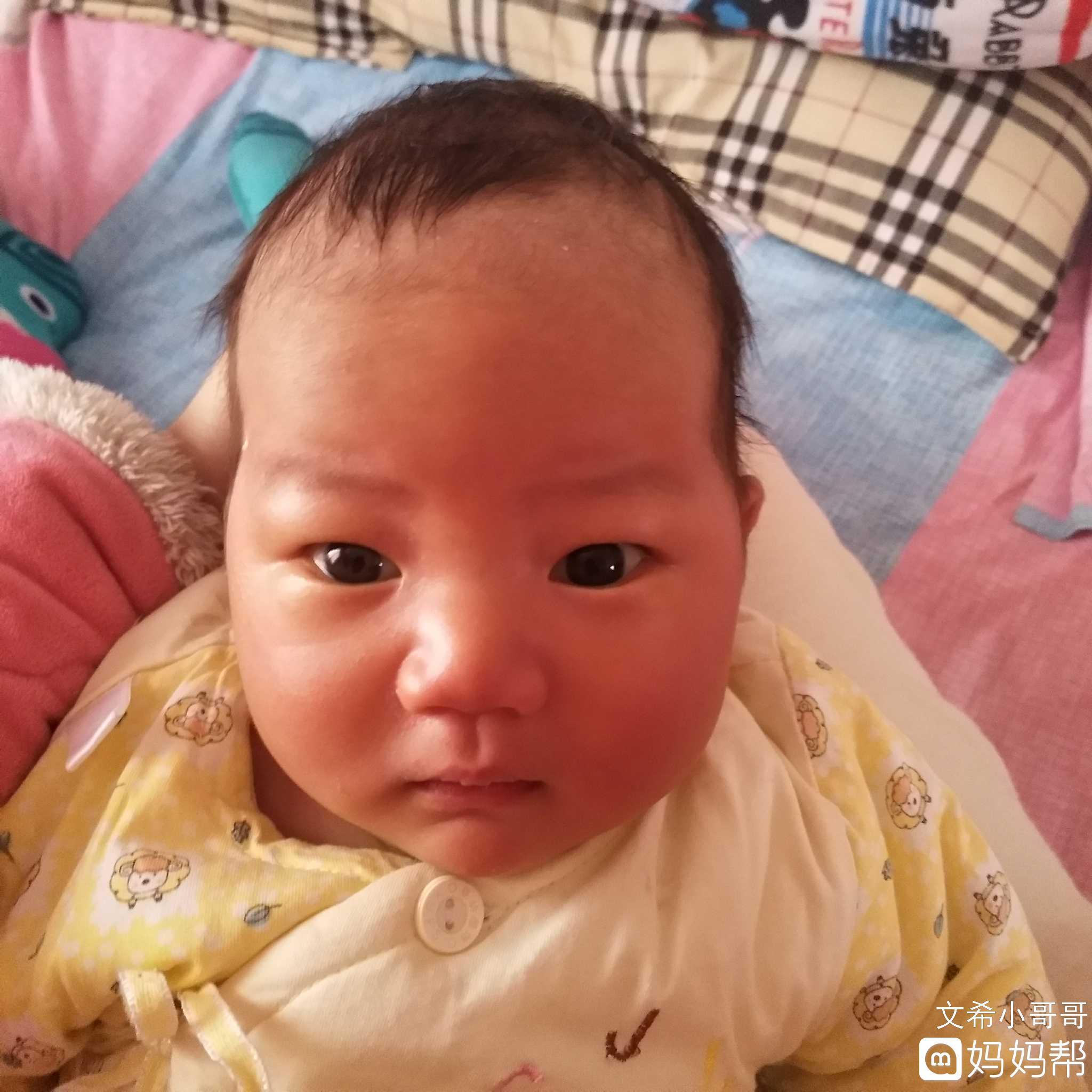 头型这男士是不是有点尖了?学生阳光宝宝帅气短发图片