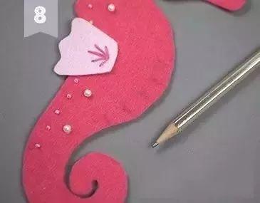 不织布手工制作——呆萌小海马玩偶,附模板