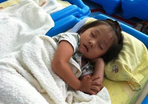 孩子睡眠质量不好_没有高质量的睡眠,会直接影响到孩子身体健康的,尤其是身高.